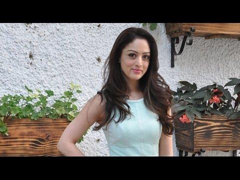 7 Hours To Go 2016 Movie Sandeepa Dhar,