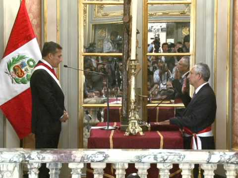 René Cornejo juramentó como Presidente del Consejo de Ministros 24 Febrero 2014