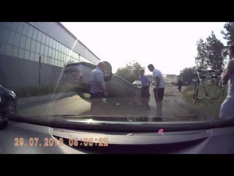 Dash cam captures Volkswagen Jetta flipping after hitting metal railing