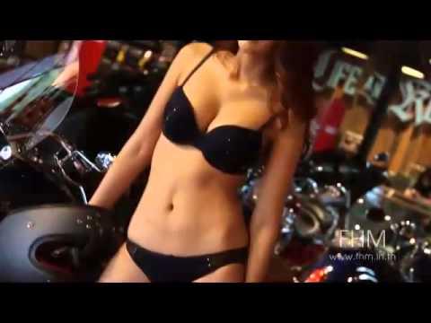 เพนนี GND 2014 by 138.com ร้อนแรงสุดๆ บนหลังอานบิ๊กไบค์ (видео)