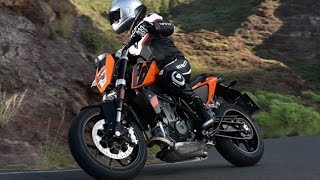 3. 2016 KTM 690 Duke First Ride Review
