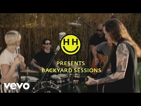 True Trans Soul Rebel (Feat. Laura Jane Grace) [Backyard Sessions]