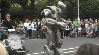 Video Robot at Street Performer's Fair, Dublin 2009 MP3, 3GP, MP4, WEBM, AVI, FLV Februari 2019