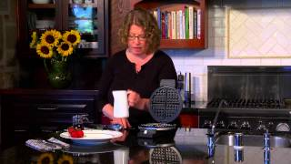 Round Classic Waffle Maker Demo Video Icon