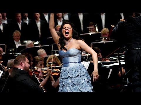 Starsopranistin Anna Netrebko eröffnet Wiener Opernbal ...
