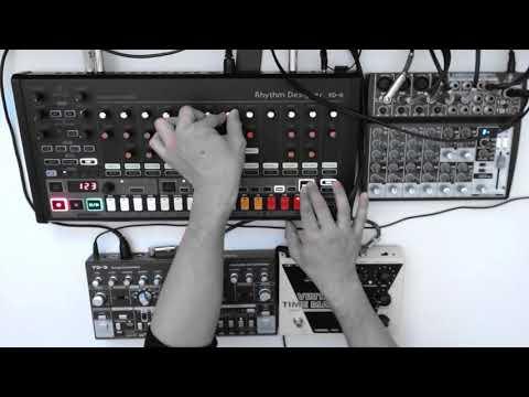 Techno Roulette: Behringer RD8/TD3/VM1/ Xenyx 1202FX/Umc404HD