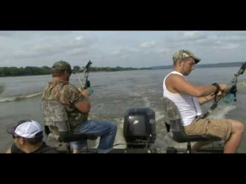 Extreme Aerial Bowfishing w/ Team Covert