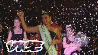 Video Inside Brazil's Biggest Prison Beauty Pageant MP3, 3GP, MP4, WEBM, AVI, FLV November 2018