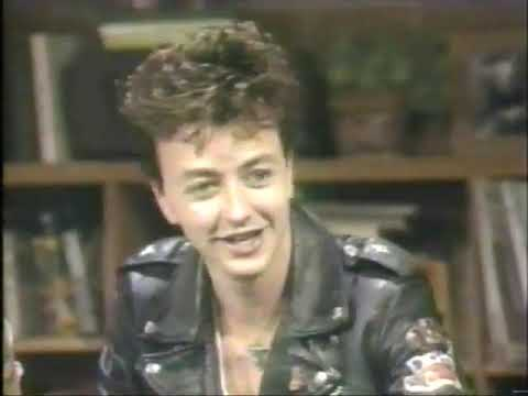 brian - The Stray Cats' Brian Setzer talks about his cars.