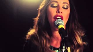 Running To You (Live) – Tamara Jaber