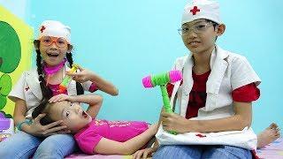 屋内遊び場 子供の医者と! Funny Video for children with nursery rhymes songs for babies, kids - ABCkidtv Misa
