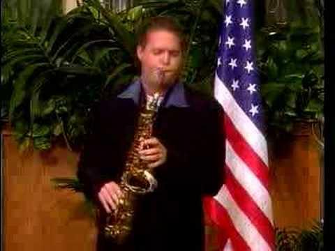 Grady Nichols performing