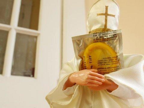 Condones:  Santificados sin lugar a dudas