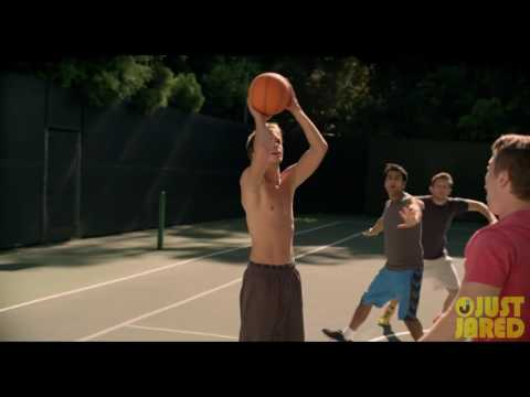 The Late Bloomer (Clip 'Basketball')