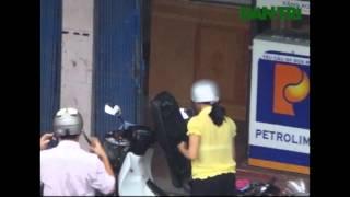 Bơm thiếu xăng trắng trợn ở Hà Nội