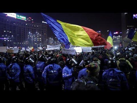 Ρουμανία: Εκατοντάδες χιλιάδες διαδηλωτές κατά της διαφθοράς