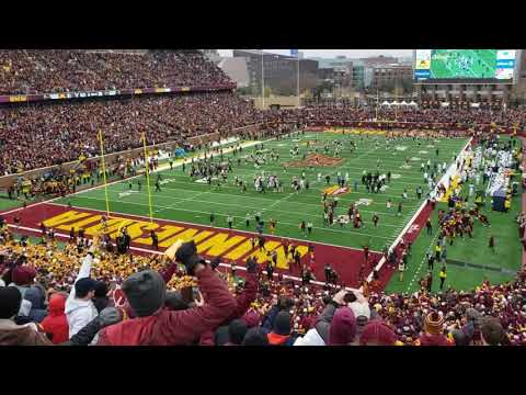 Gophers win