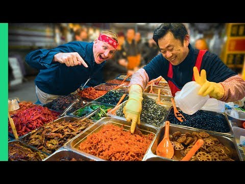 Traditional Korean Street Food Tour at Gwangjang Market in Seoul!