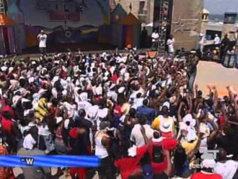 50 Cent   Many Men & What Up Gangsta Live @ BET Spring Bling 2003   With Lloyd Banks & Young Buck)