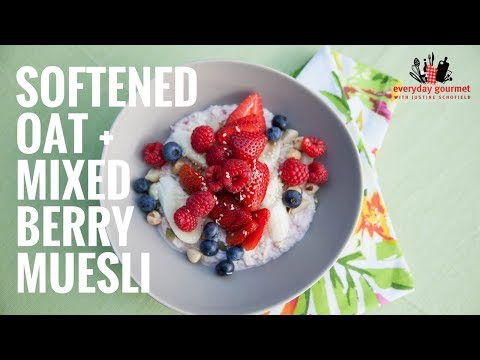 Driscoll's Softened Oat and Mixed Berry Museli | Everyday Gourmet S6 EP26