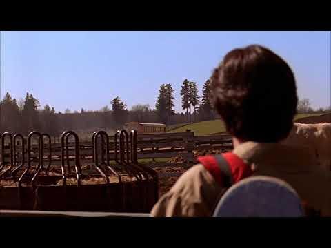 Smallville 1x01- Lana helps Clark | Pilot
