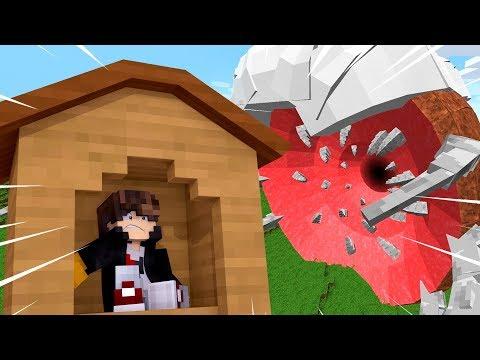 Minecraft: DESAFIO DA BASE 100% SEGURA CONTRA MINHOCA GIGANTE‹ JUAUM ›