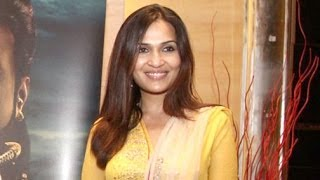 Working with both dad and mom was wonderful - Soundarya