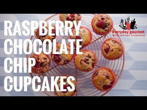 Cadbury Raspberry Chocolate Chip Cupcakes   Everyday Gourmet S6 E65