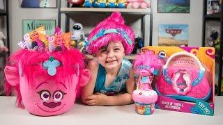 Video HUGE Trolls Movie Poppy Surprise Bucket Blind Bags Surprise Eggs Toys for Girls Kinder Playtime MP3, 3GP, MP4, WEBM, AVI, FLV Mei 2017