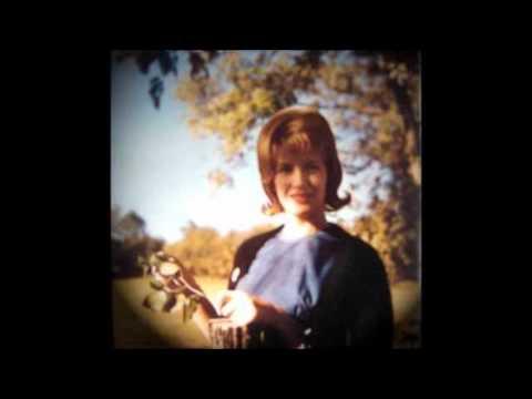 Tekst piosenki Skeeter Davis - Summertime po polsku