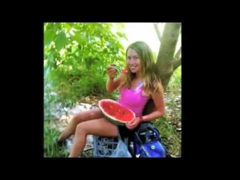 WEIGHT LOSS TRANSFORMATION (raw food banana diet)