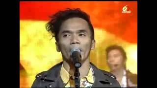 Download Lagu Slank - Garuda Pancasila medley Lo Harus Grak | Konser Panggung Bung Karno Mp3