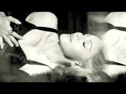 Madonna zakazana, bo jest za stara?