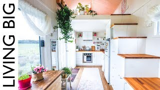Woman's Dream Tiny House Even Has A Walk-In Wardrobe