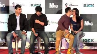 Video Salman Khan reacts on photographers ban on him MP3, 3GP, MP4, WEBM, AVI, FLV September 2018