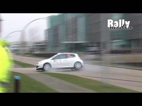 Dzwon Clio R3 w latarnię