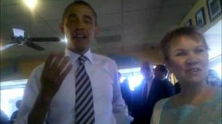 Bettendorf (IA) United States  city pictures gallery : Barack Obama at Ross' Restaurant in Bettendorf, IA