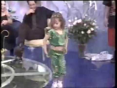 Petite danseuse orientale  !! très douée !!
