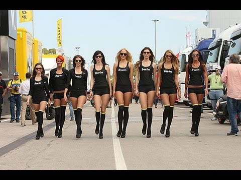 Watch the super-hot bwin grid girls backstage at the Spanish MotoGP
