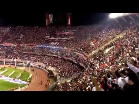 Video - Llega el domingo voy a ver al Campeón, River vos sos mi locuuuuura... - Los Borrachos del Tablón - River Plate - Argentina