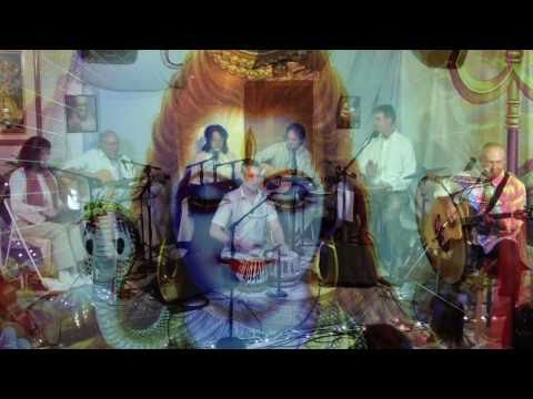 jamms - The Mystic Jamms Band plays Om Namashivaya at the UCBK temple in Bonny Doon, CA, January 2011 http://www.karmatalk.com/JAMMS_concerts.htm http://www.MayaSage...