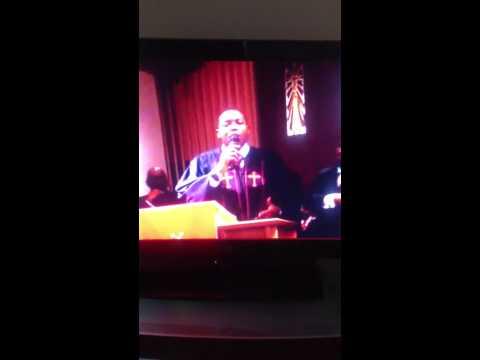 Rev. Carpenter preaching Father Homegoing