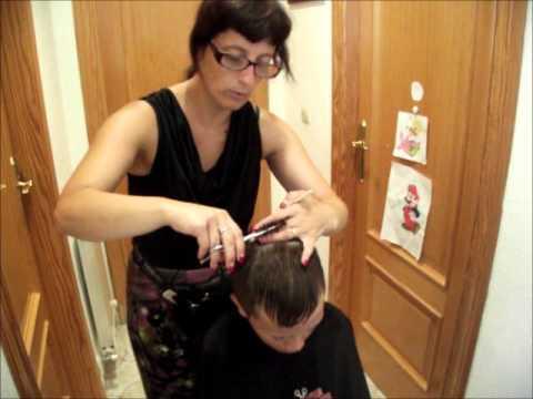 Pasos a seguir para cortar el pelo a peine y tijera en casa