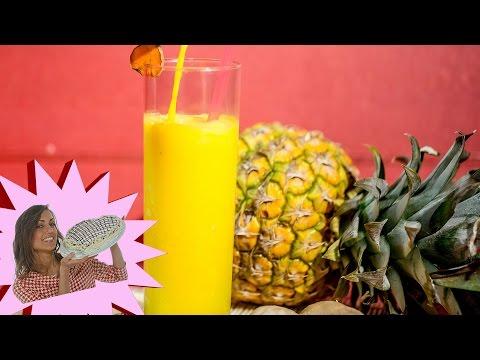 delizioso smoothie a base di curcuma, ananas e zenzero