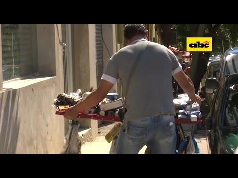 Desalojo de vendedores informales sobre calle Palma