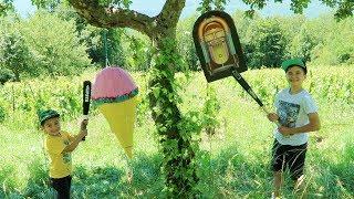 Video CHALLENGE PINATA - GLACE GÉANTE & JUKEBOX SURPRISE pour la Fête de la Musique & 1er Jour de l'Été ☀️ MP3, 3GP, MP4, WEBM, AVI, FLV September 2017