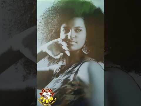 Tamara a Beleza Negra de Juquitiba e Rainha da Bateria do Unidos da Favela do Justinos