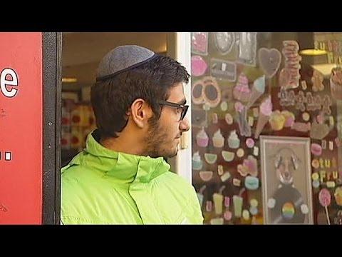 Γαλλία: Διχάζει την εβραϊκή κοινότητα σύσταση να βγάλουν τα κιπά
