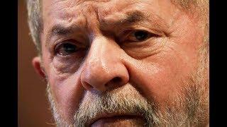 MAIS EM: http://veja.abril.com.br/tveja/O 'Estúdio VEJA' desta segunda-feira recebe o cientista político Sérgio Praça para comentar as principais notícias políticas dos últimos dias. A decisão do juiz federal Sérgio Moro sobre o ex-presidente Lula e a vitória de Temer na CCJ.