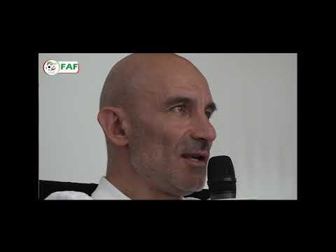 Ludovic Batelli s'exprime au micro de la FAF